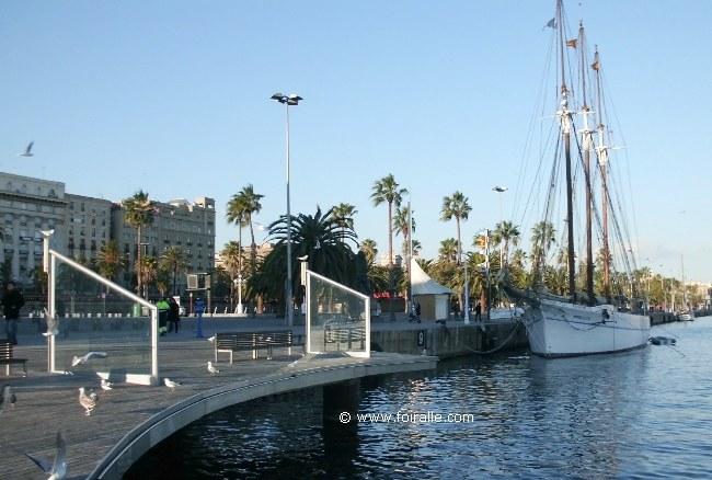 Barcelona impressions du port vell yachts centre commercial maremagnum royal yacht club - Port de plaisance barcelone ...
