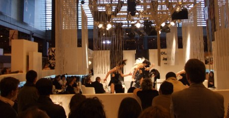 First impressions lingerie fashion show au salon for Salon de la mode paris